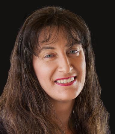 Simone Collins